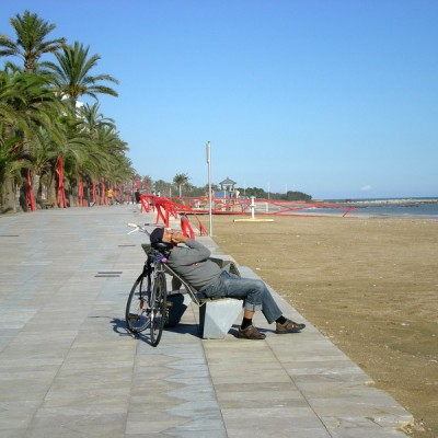 Vinaros very relaxed man forti playa promenade