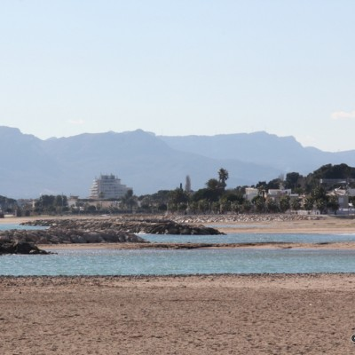 Cambrils beaches and mountains in landscape
