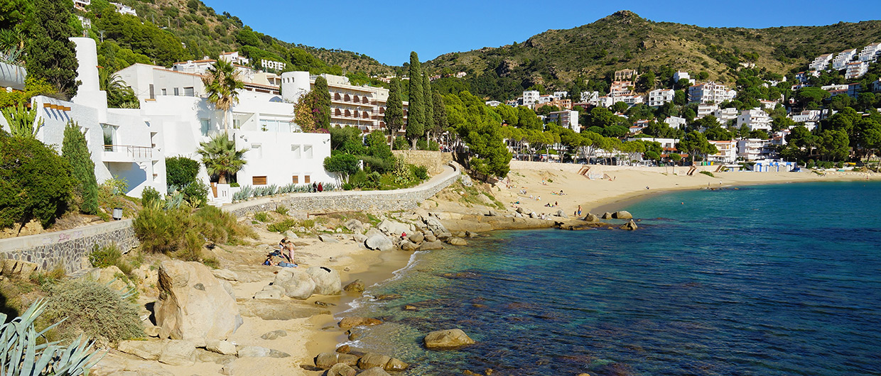 Roses Travel Guide An Insiders Guide Costa Brava