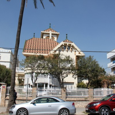 Vilanova i la Geltru Houses near Beach