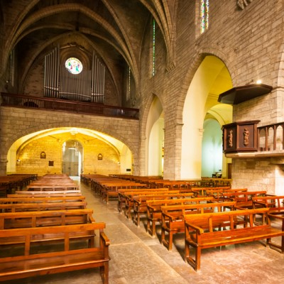 Interior of Sants Maria del Turers at Banyoles. Bild in XIII century. Catalonia, Spain
