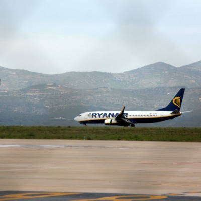 Castellon Airport Ryanair first plane lands 15th September 2015-1