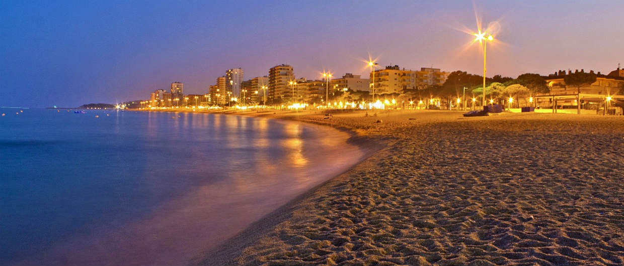 Platja d'Aro beach night-1