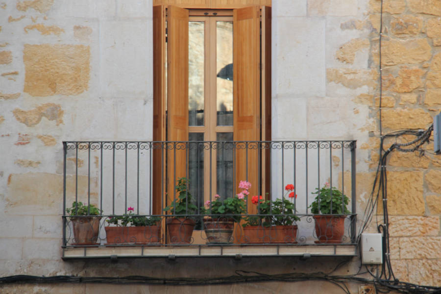 La Jana Spain flower boxes-1