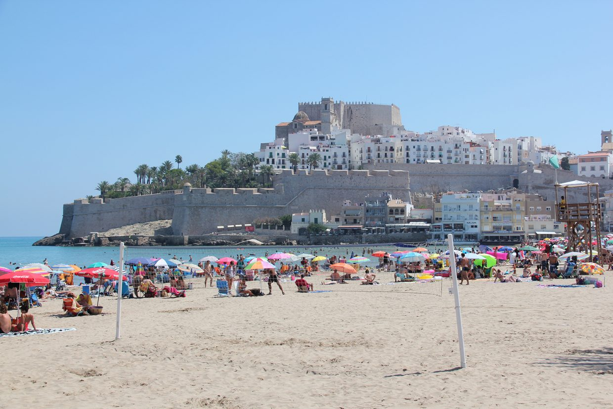Peniscola Spain travel guide